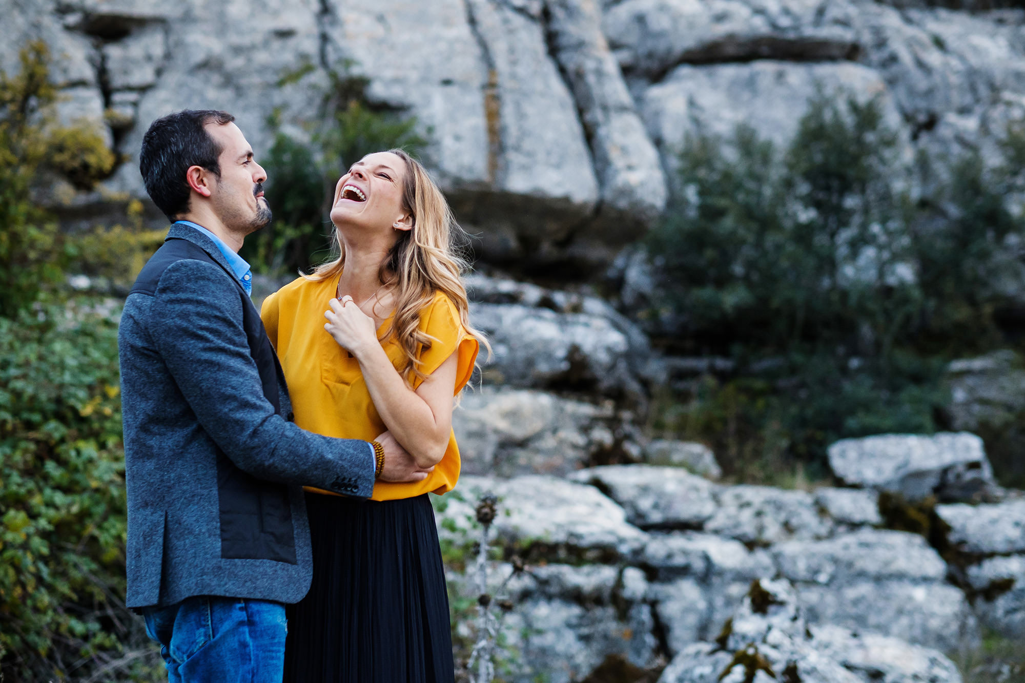 15_couple-laughin-fun-spain