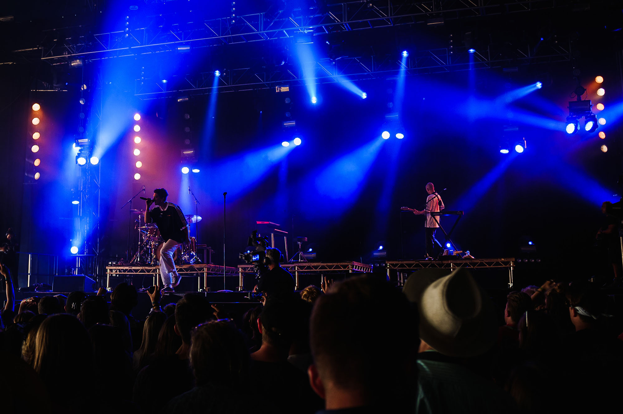 lany-isle-of-wight-festival-concert