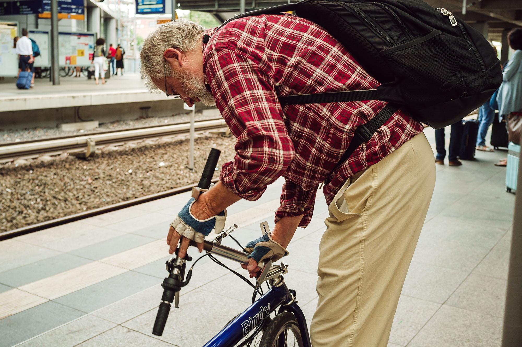 berlin street photograohy train station
