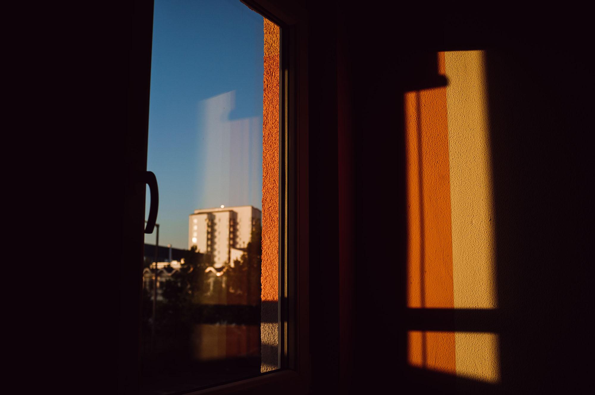 leipzig sunshine through window