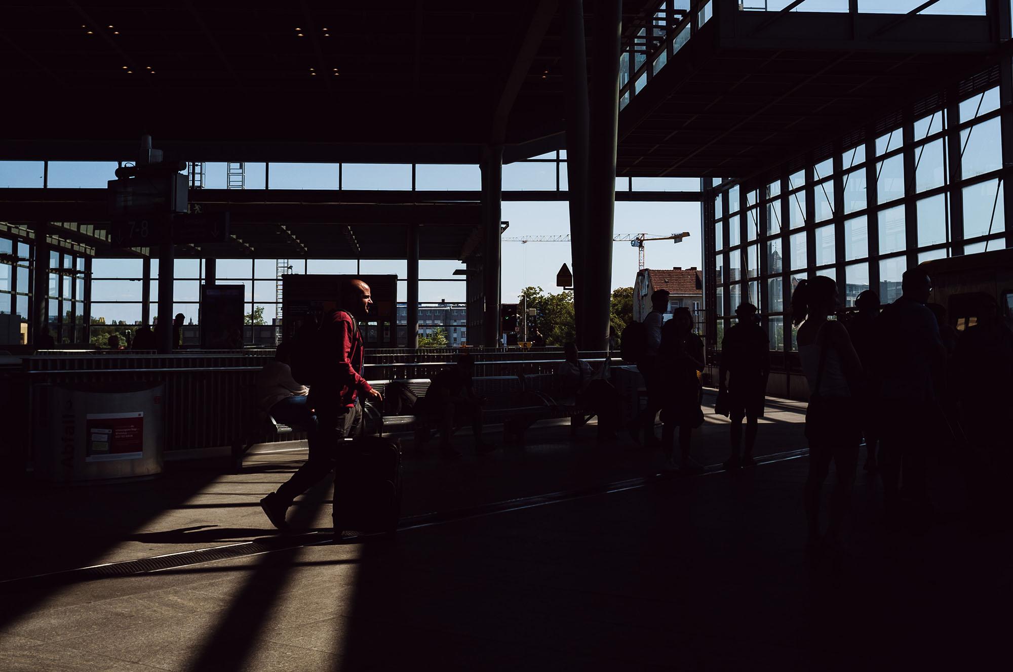 berlin suedkreuz shadowplay