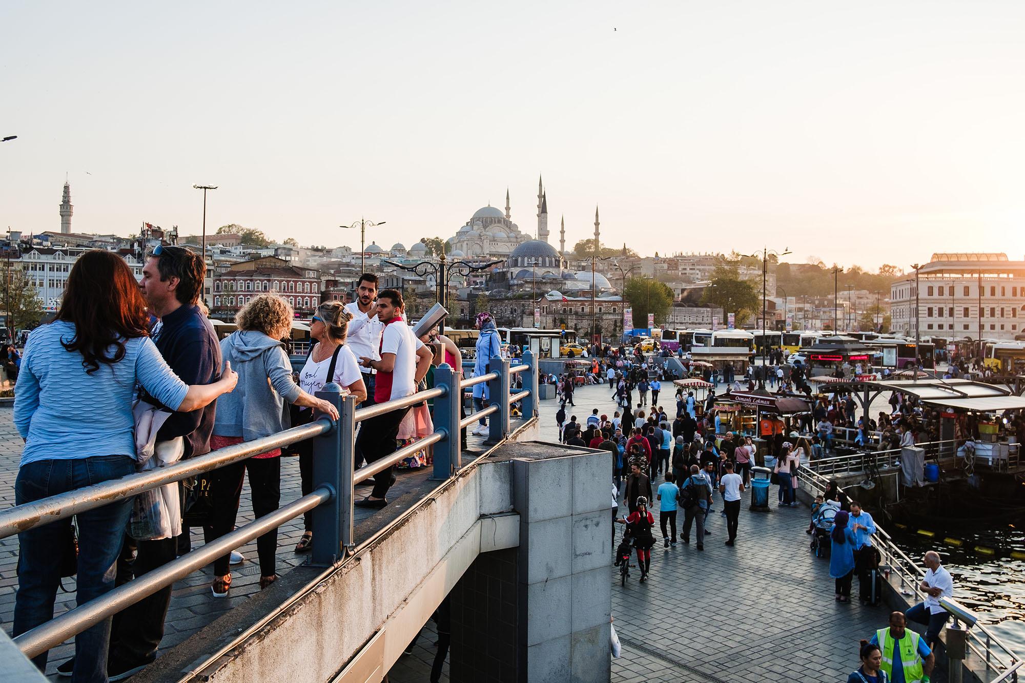 istanbul turkey fishermen