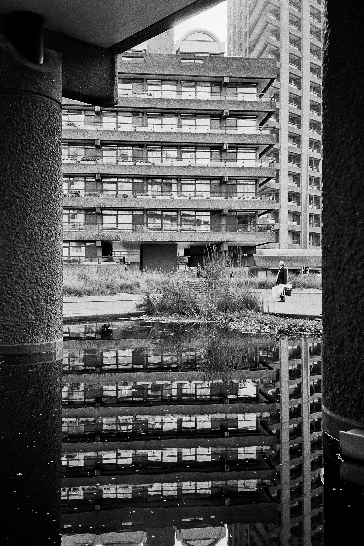barbican-water-reflection-black-adn-white