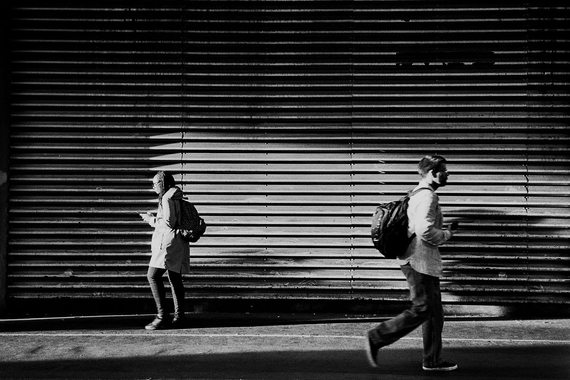 barbican-street-photography-light-dark