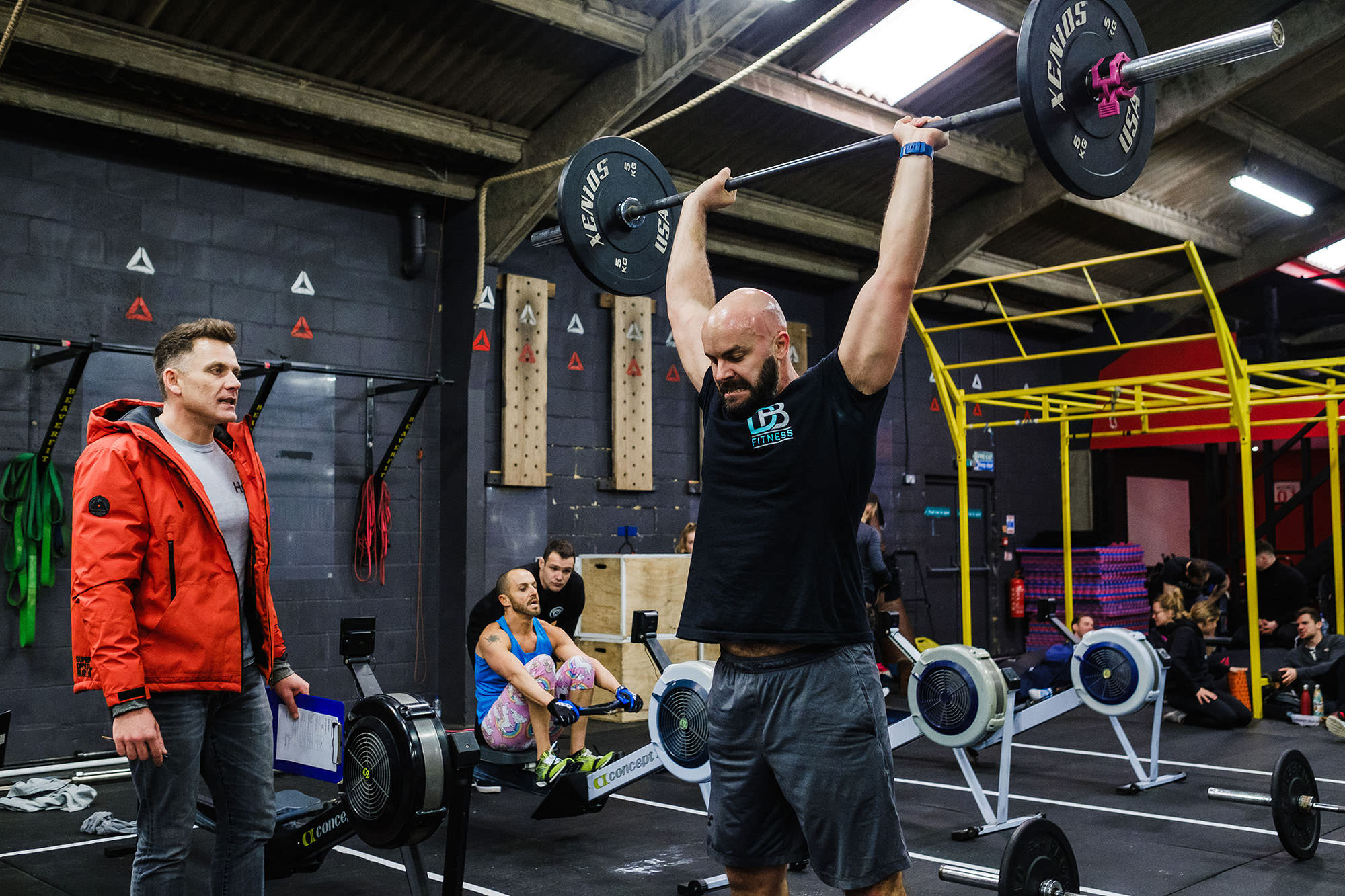 Crossfit reebok throwdown athlete