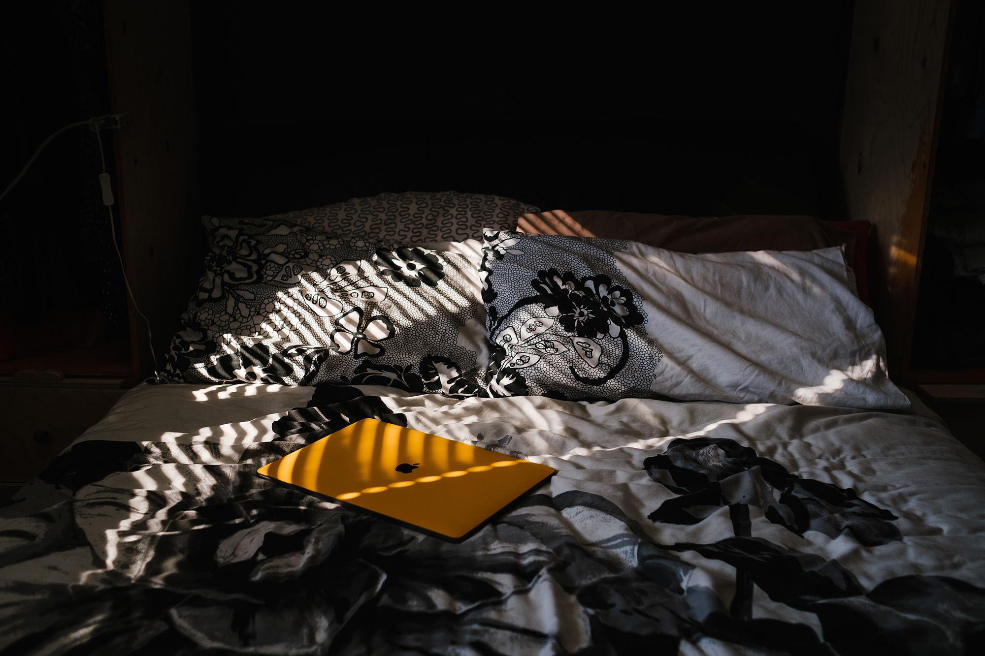 sunlight details on bed