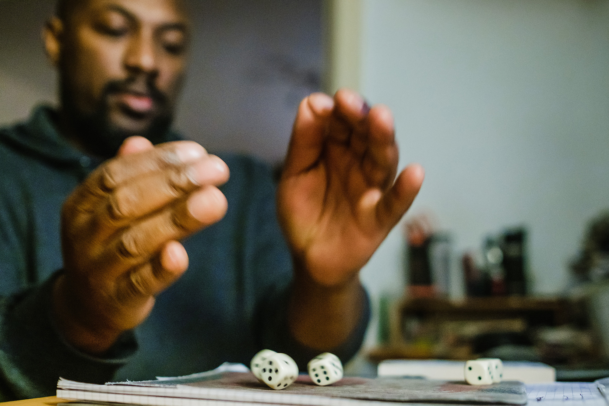rolling the dice yahtzee