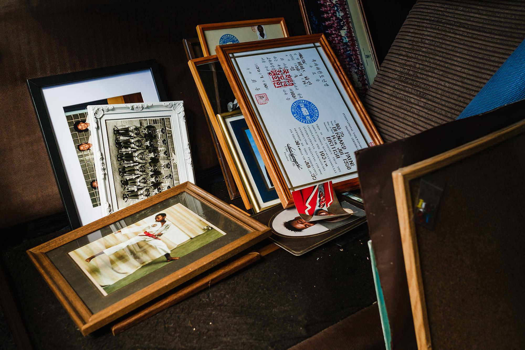 framed images taken down