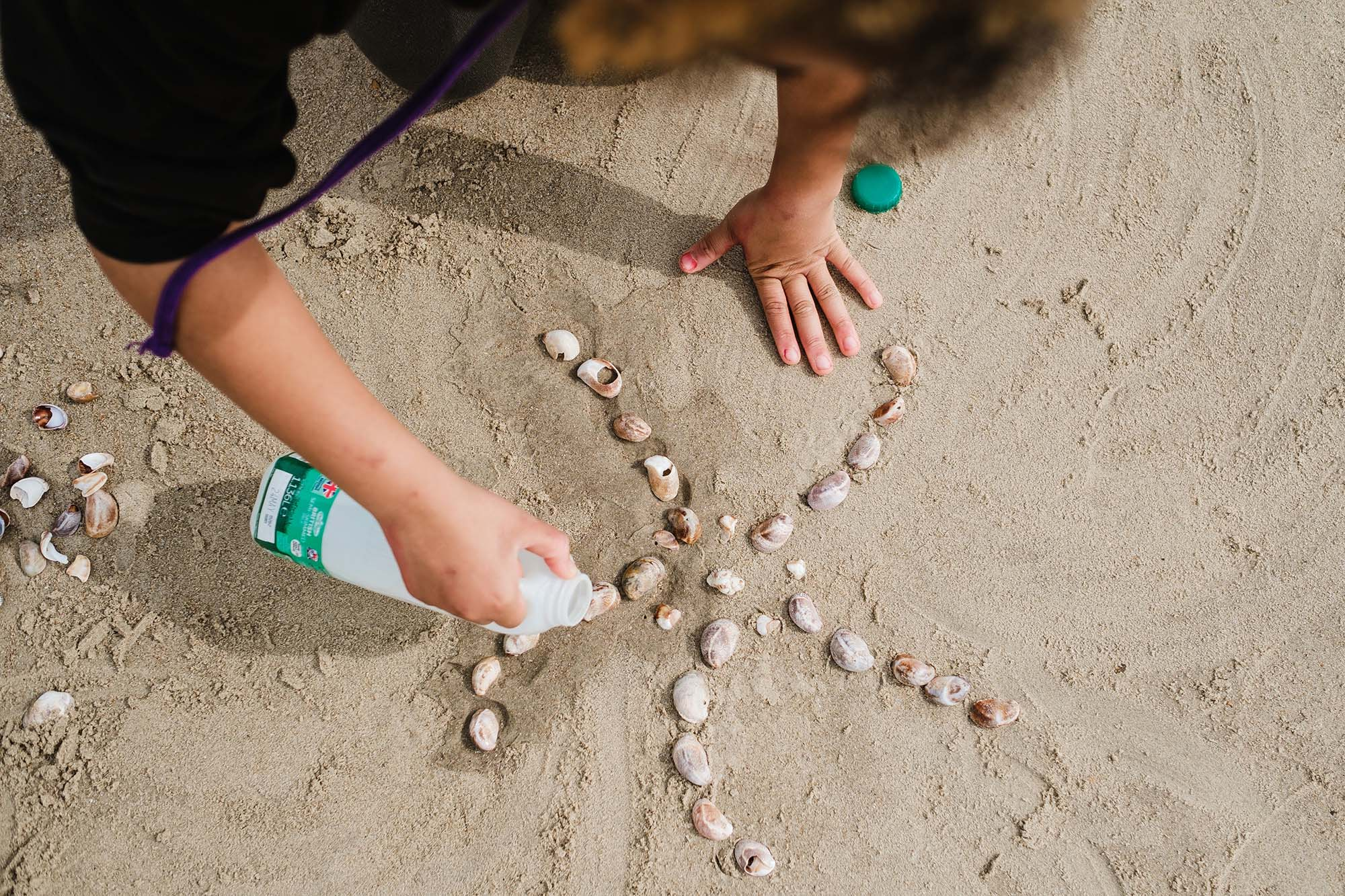 making art at the beach