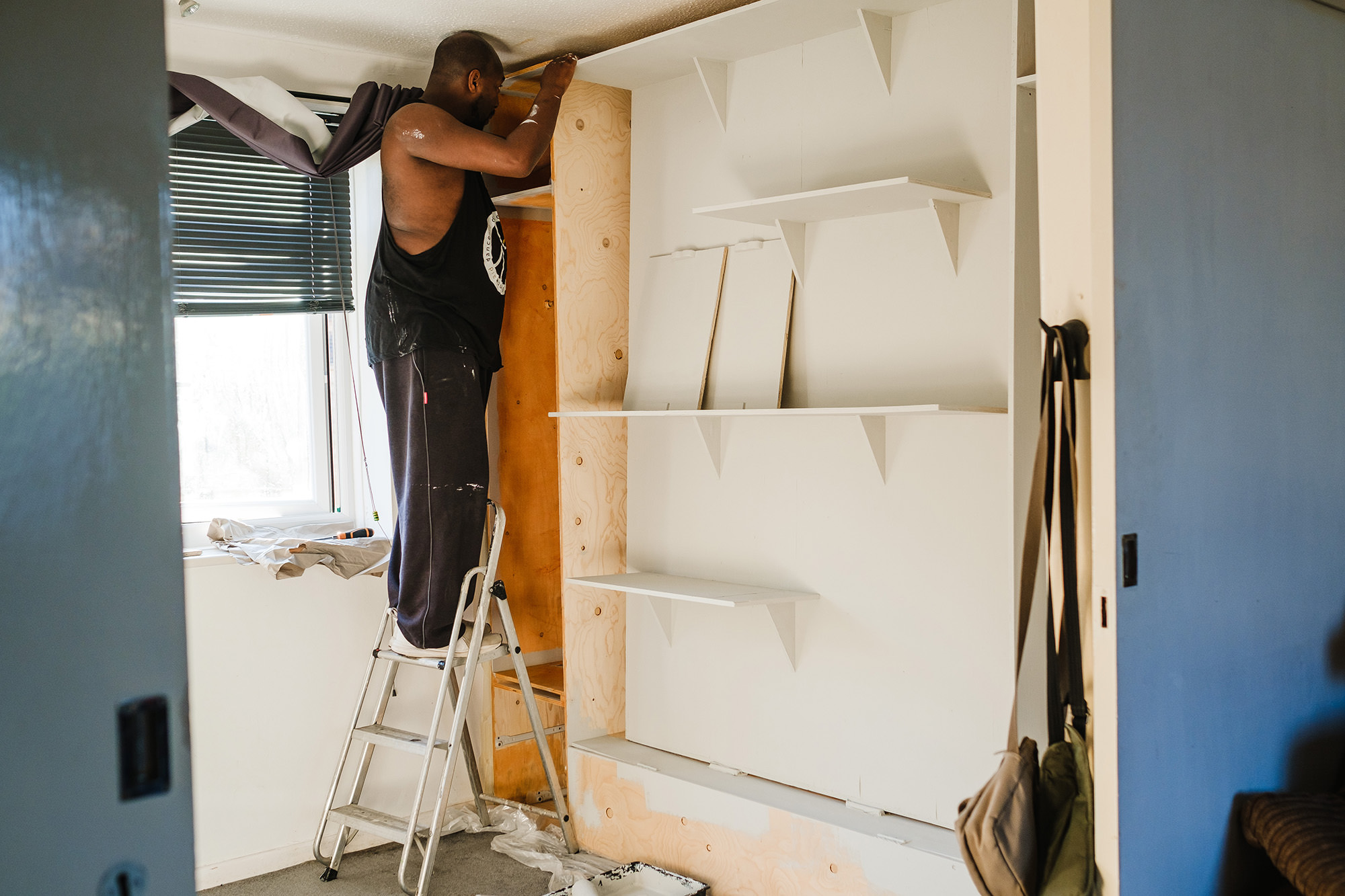 painting the bedroom furniture